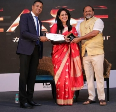 Nisha Narayanan honoured with one of the Most Trusted CEOs 2018 award by WCRC