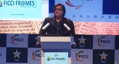Arnab Goswami speaks at FICCI FRAMES 2017